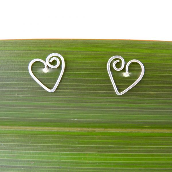 Small heart earrings with a spiral on one side