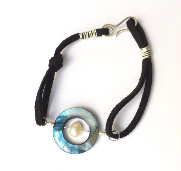 Blue Mother of Pearl Circle Bracelet with Ivory freshwater pearl and black suede