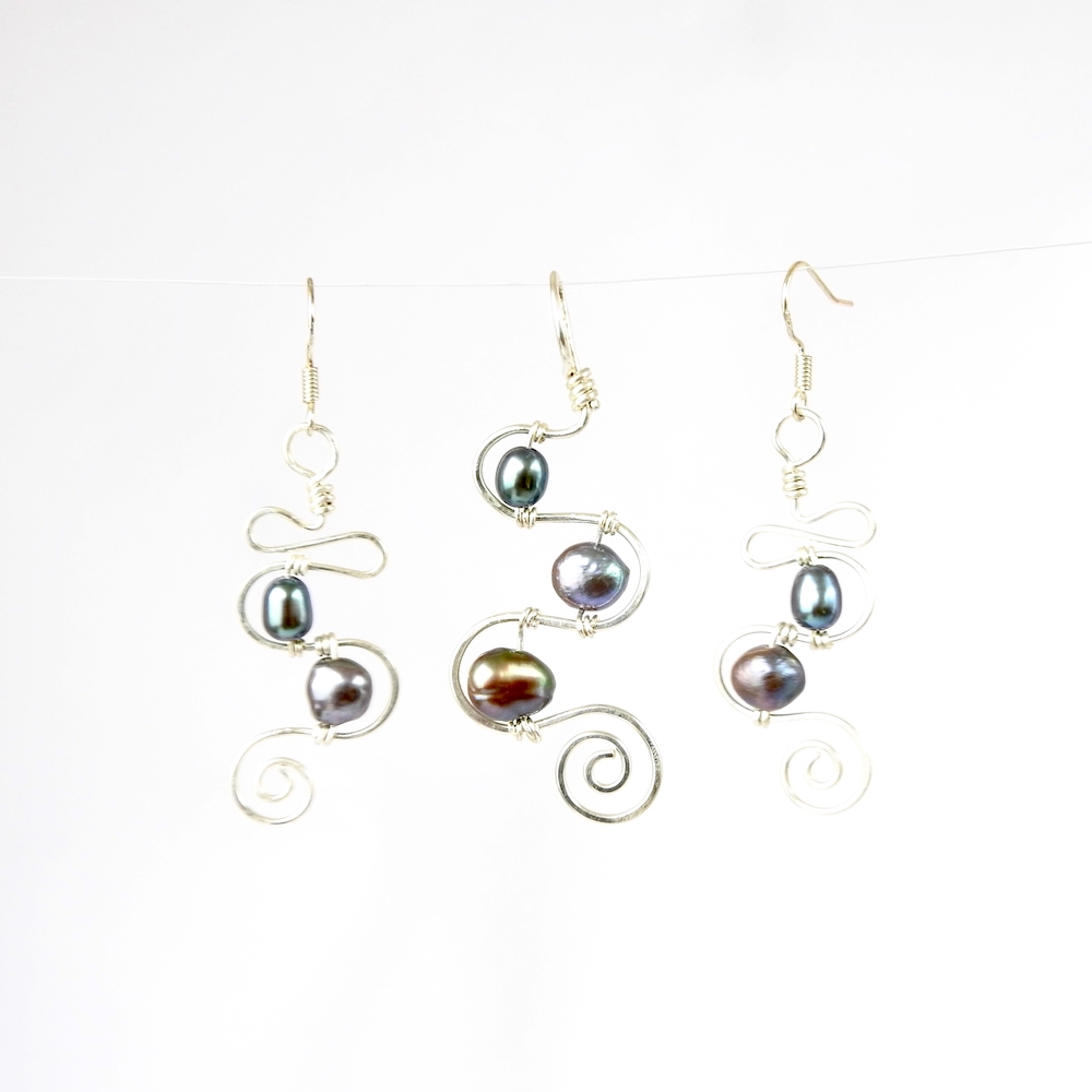squiggle  u0026 spiral 2 pearl eco earrings