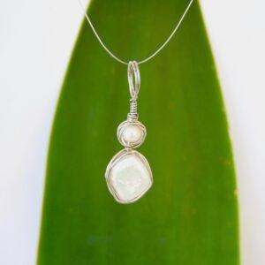 Ivory Geometric Pearl Pendant