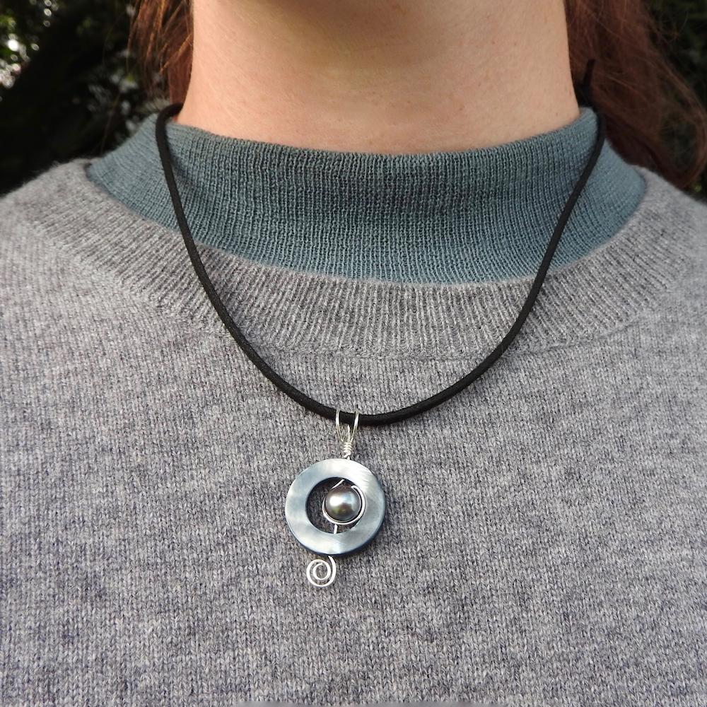 Necklace.BlackPearlPauaCircleBlackSuedeCord_Worn
