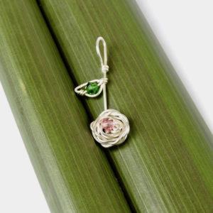Rose & leaf drop pendant on flax