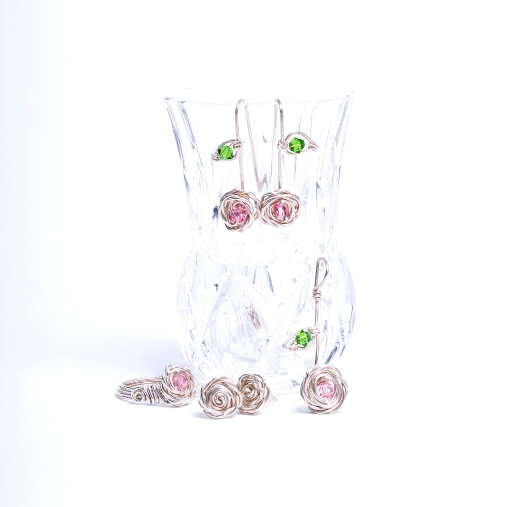 The Rose Collection with a crystal vase