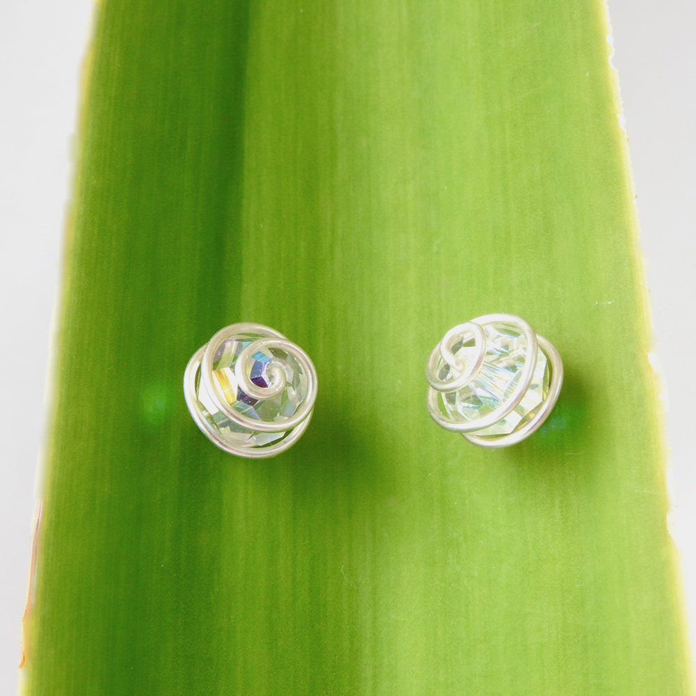 ClearMedSterlingSpiralWrapped.Studs_Green