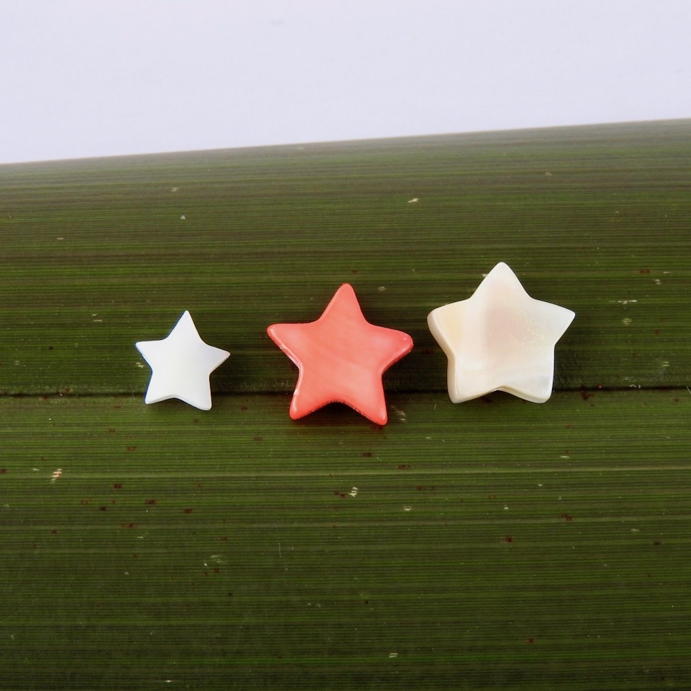 Different sized Mother of Pearl Stars: White, Red and Ivory