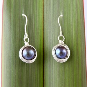 Round Pearl Wire Wrapped Earrings_main image