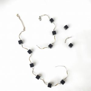 Broken black cube bead and silver wire necklace