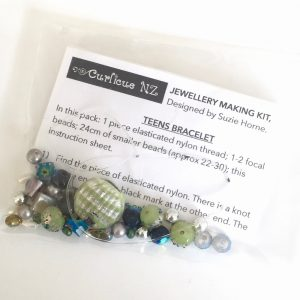 Teen bracelet kit DIY in green, silver and blue
