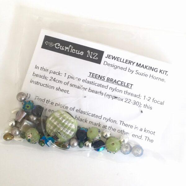 Teen bracelet kit DIY in green, silver and blue