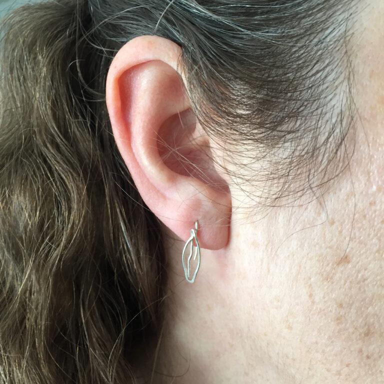 Leaves small drop earrings