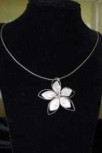 Fixed Wire Flower Necklace