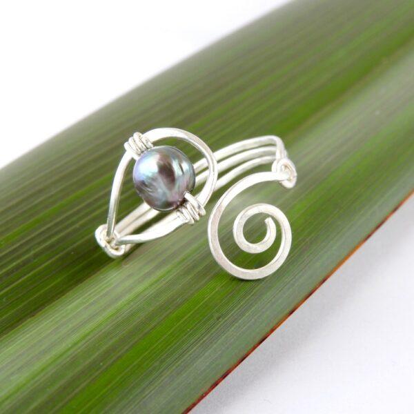 Koru Spiral and Pearl Ring Main image
