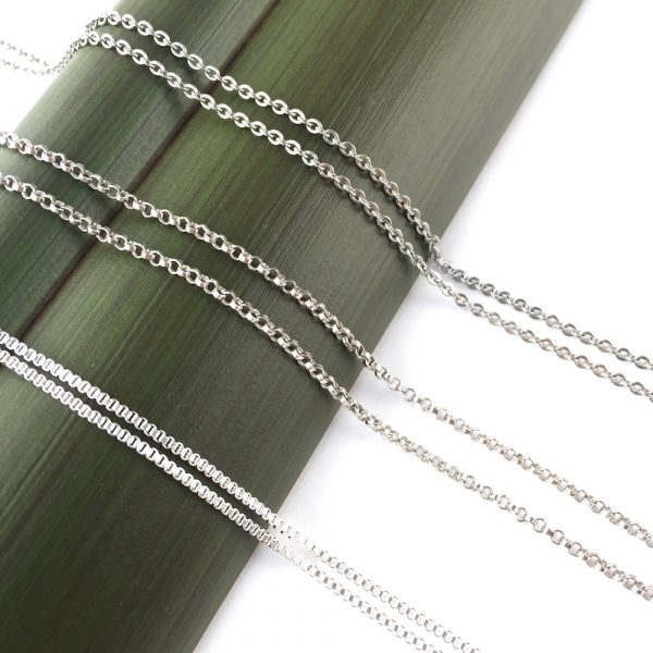 3 different types of silver coloured chain